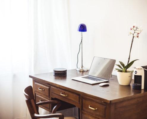 5. Desk detail